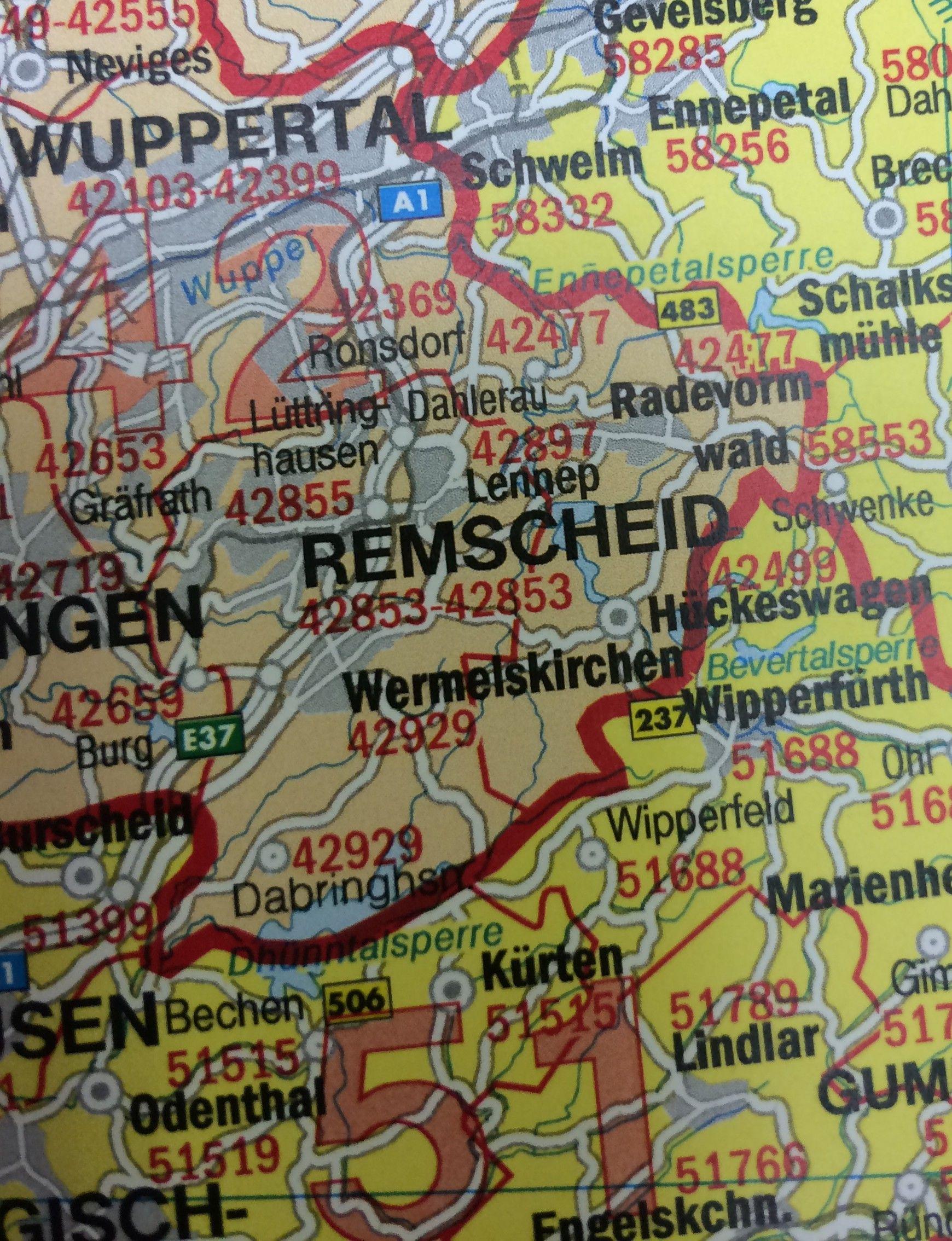 5-cijferige Postcodekaart Duitsland Freytag Berndt  schaal 1:700.000 met plaatsnamenindex